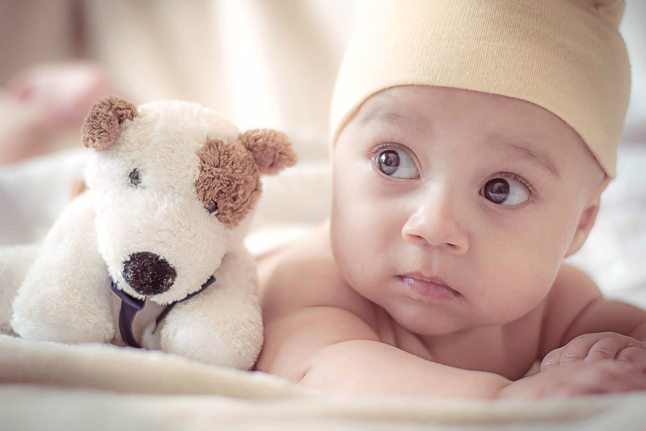 Photo by Spencer Selover from Pexels https://www.pexels.com/photo/adorable-baby-blur-child-428388/